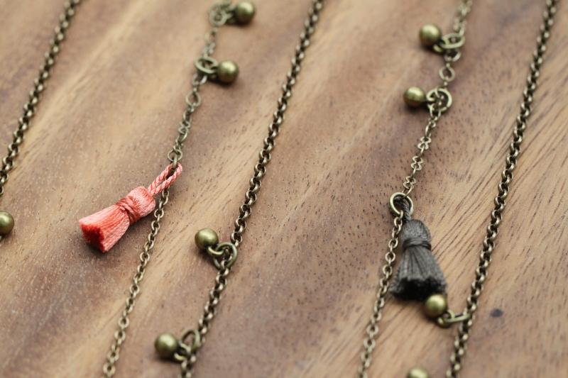 traveller necklace tassel detail